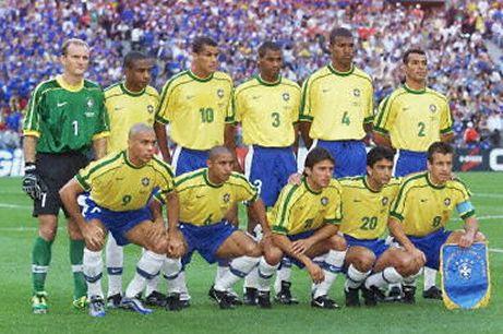 تاريخ منتخب البرازيل السامبا